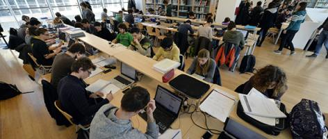 7 aprile: test di ammissione congiunto per i Dipartimenti di Matematica, Fisica, Ingegneria e Scienza dell'Informazione
